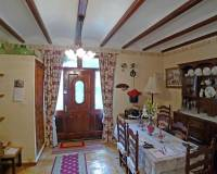 Traditional townhouse for sale in Lliber dining area